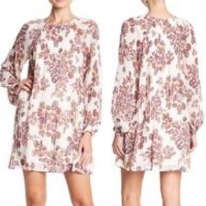 Line & Dot Pleated Floral Shift Dress